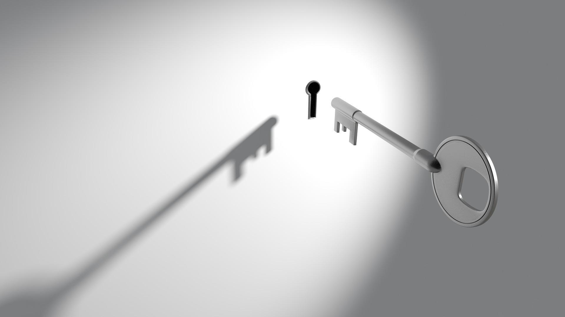 imagen de llave abriendo ceraadura